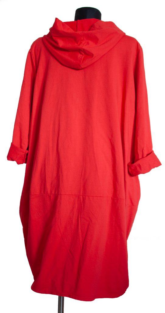 Dolga rdeča obleka z zadrgo z zadnje strani
